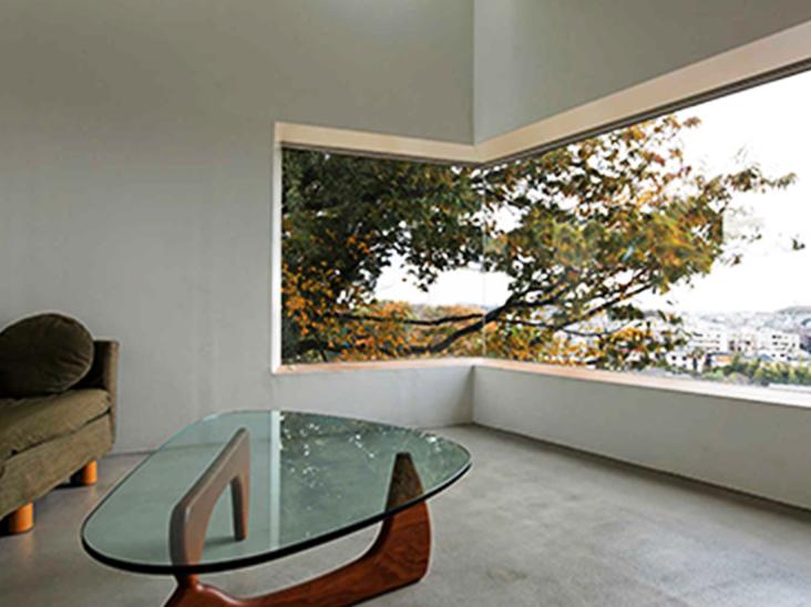 建築家コラム「原風景としての住まい」を更新しました。